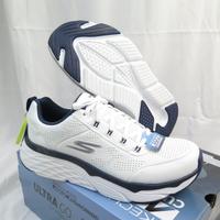 Skechers MAX CUSHIONING 男款 皮革 慢跑鞋 運動鞋 54431WNV 白【iSport愛運動】