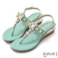 【DIANA】3.7cm 質感羊紋超纖X水鑽花朵寶石楔型T字夾腳涼鞋-異國風情(綠)