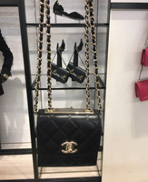 台灣現貨 Chanel mini trendy cc黑金 $6xxxx  2021 08💜