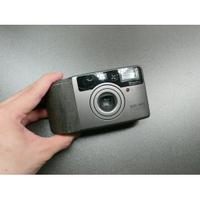 <<傻瓜相機>>KONICA BIG MINI BM-310Z (第一台袖珍型變焦輕變相機)