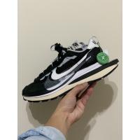 Sold out Nike x sacai VaporWaffle Black and White US9
