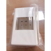 無熔絲開關盒  無熔線斷路器盒   BH盒  便盒 便當盒  卡式 BH  3P型 開關盒 塑膠