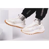 帝安諾 實體店面 預購SACAI X NIKE VAPORWAFFLE 最新款 奶油白配色 解構鞋 DD1875-100