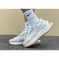 Nike Vaporwaffle Sacai Sail Gum 奶油白