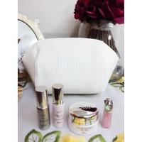 DIOR迪奧逆時美肌再造禮盒組(含dior化妝包)也可以單買喔!