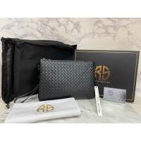 【嘉悅·精品服飾代購】 Royal Schmied RS皇家鍛造 黑色經典時尚 編織 拉鍊手拿包