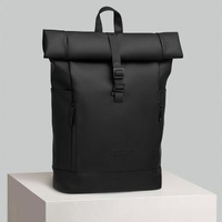 【GASTON LUGA】Rullen 防水個性後背包(經典黑Black)