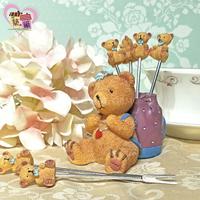 可愛小熊背包客304食用級不鏽鋼水果叉(一組六支) 附禮盒療癒系蛋糕點心叉子組 新婚婚禮送禮小物【築巢傢飾】